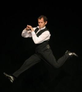 """DAN PURIC – one man show aniversar """"Suflet Romanesc"""" la Teatrul de pe Lipscani"""