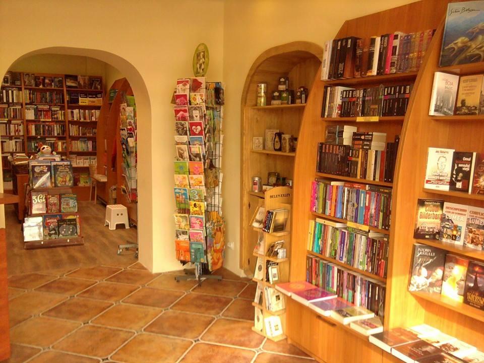 O Noua Librarie In Lantul Librarul